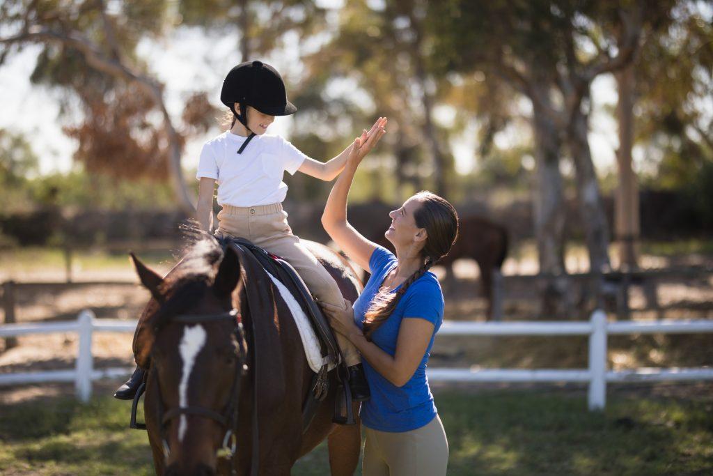 children horseback riding camps